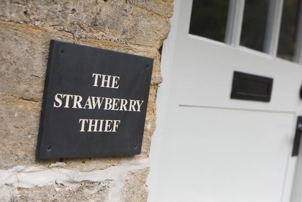 The_Strawberry_Thief_Frontdoor.JPG