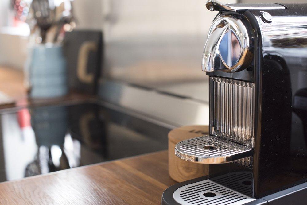 The_Strawberry_Thief_Coffee_Machine.JPG