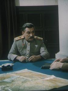 """Е.Я.Джугашвили в роли И.В.Сталина в х\ф """"Война для всех война"""" реж.Д.Абашидзе"""