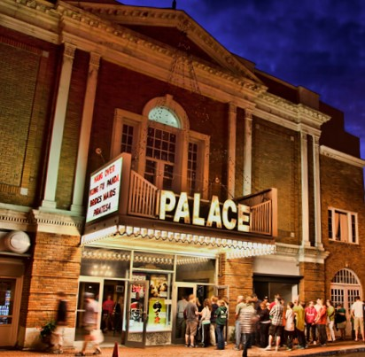 Palace Theatre at night.jpg
