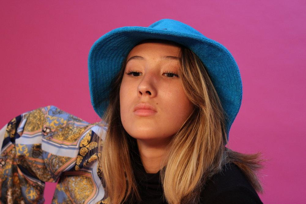 Melanie - Model