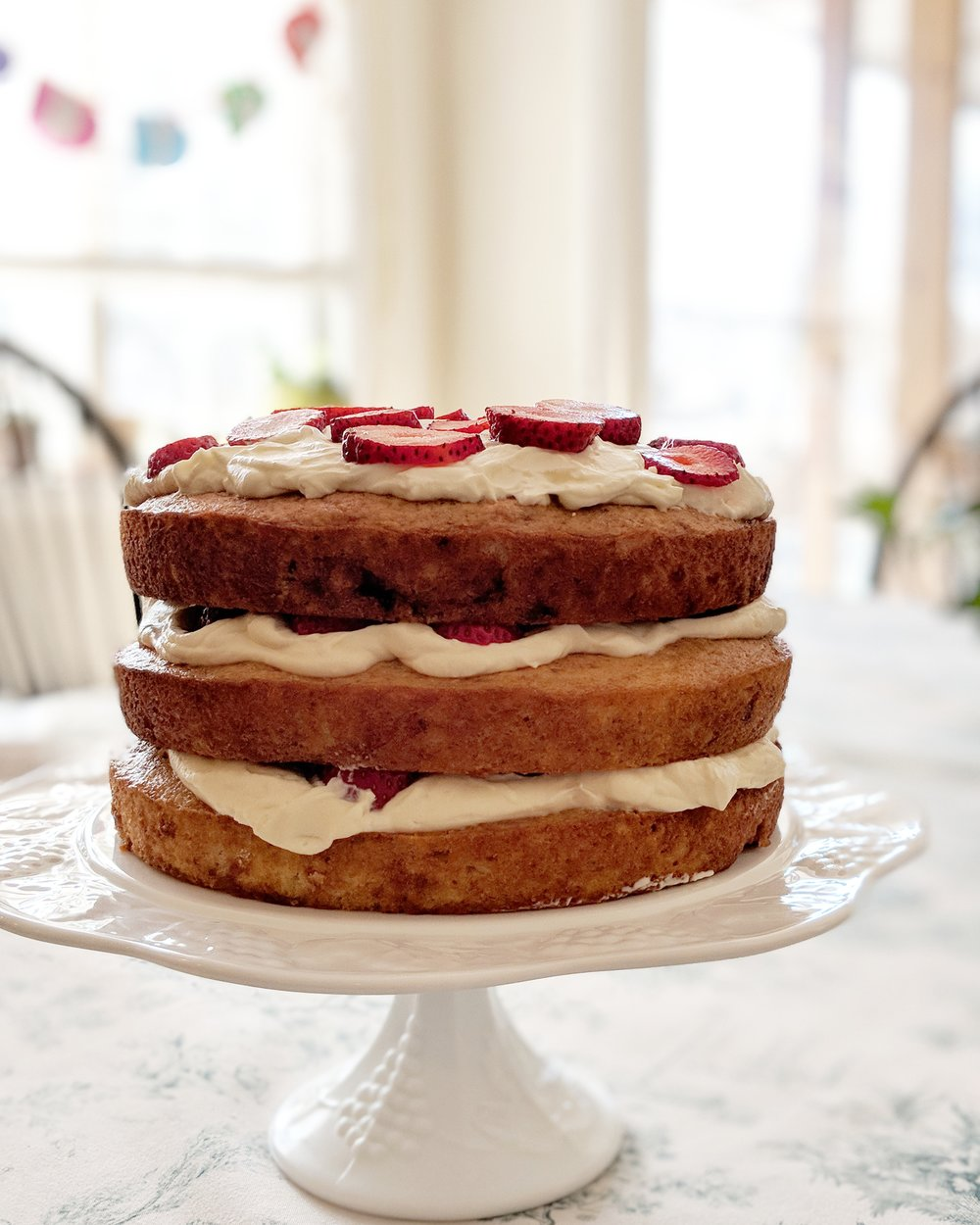 Makes allllllll the birthday cakes