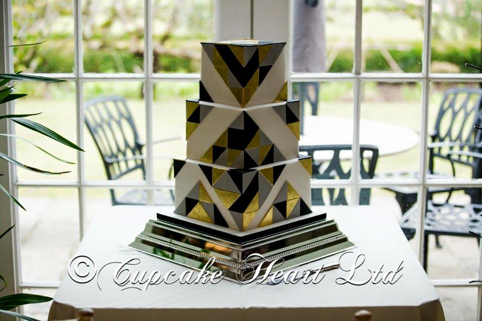 wedding-cake-square-gold-leaf.jpg