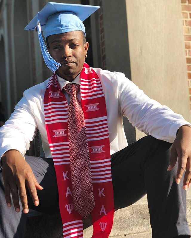 Today's Senior Spotlight is Omari Hicks. He joined HMX the Fall of 2015. He graduated with a Bachelor of Arts in Psychology and Neuroscience and will be traveling to Toronto to release two studio albums with upcoming local artists post grad. His favorite HMX memory is singing killing me softly with the alumni at the end of his first concert. Congratulations Omari! Keep up the great work!