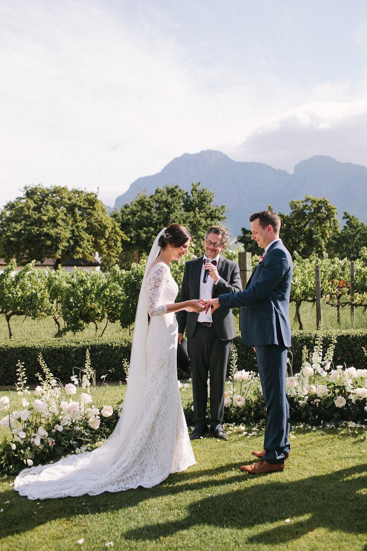 floral aisle wedding Wildeflower 15