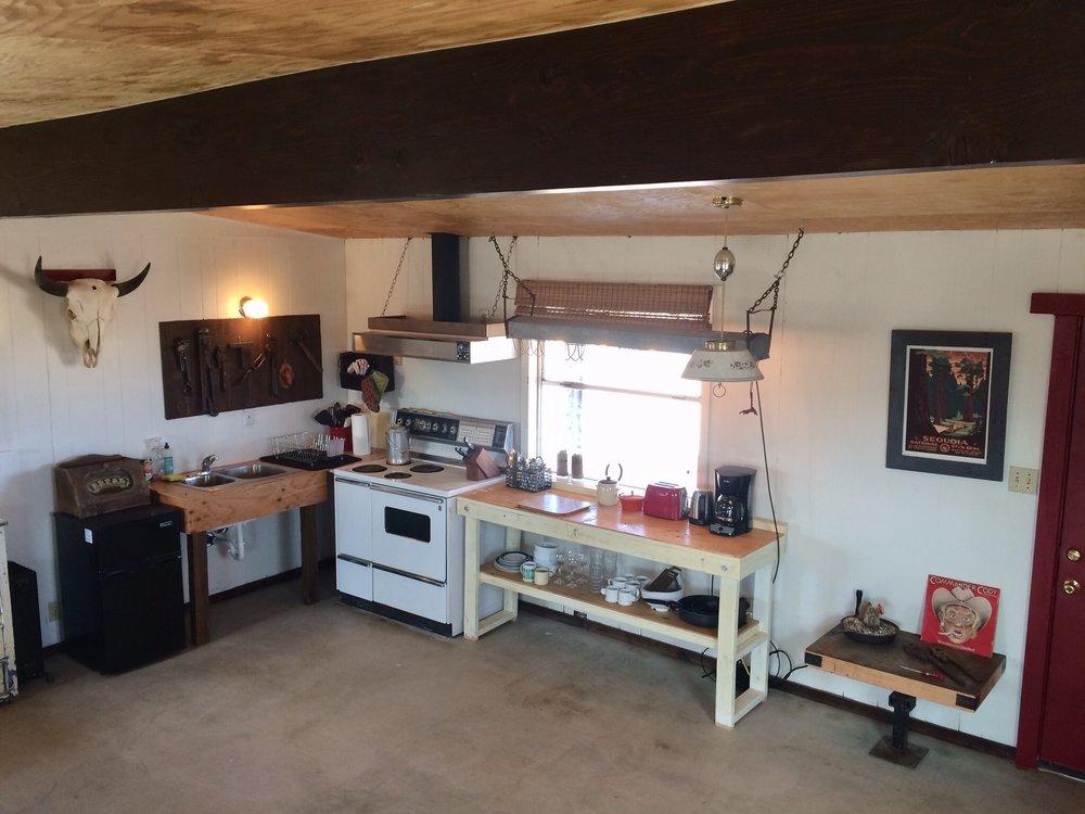 horse kitchen.jpg