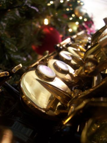 About HSC - Hemet Saxophone Christmas is a holiday tradition for saxophonists that play, teach, and compose music for instruments in the saxophone family. We spend one day each December performing Christmas carols at the Diamond Valley Arts Center in Hemet, CA.All sax players are welcome at Hemet Saxophone Christmas: Soprano, Alto, Tenor, and Bari. This is an all-day event. Players are required to attend the morning rehearsal and the performance. There is no cost to perform with HSC.Saturday, TBDThe Diamond Valley Arts Center123 N. Harvard St. Hemet, CA 92543Check-in: 9 – 10amRehearsal: 10am – noonPerformance #1 - Milano's Pizza, 2pmPerformance #2 - Diamond Valley Arts Center, 5pmMusic will be emailed to you after registration is complete. Each player is responsible for printing their own music.