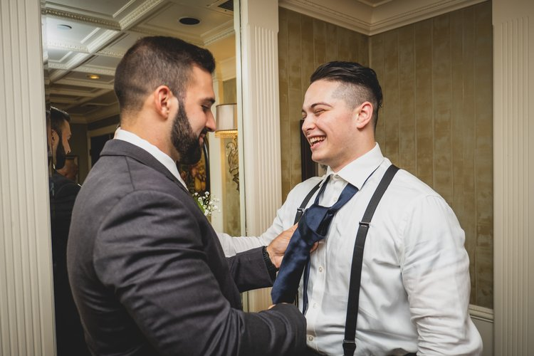 ways-to-surprise-your-groom-surprise-guest
