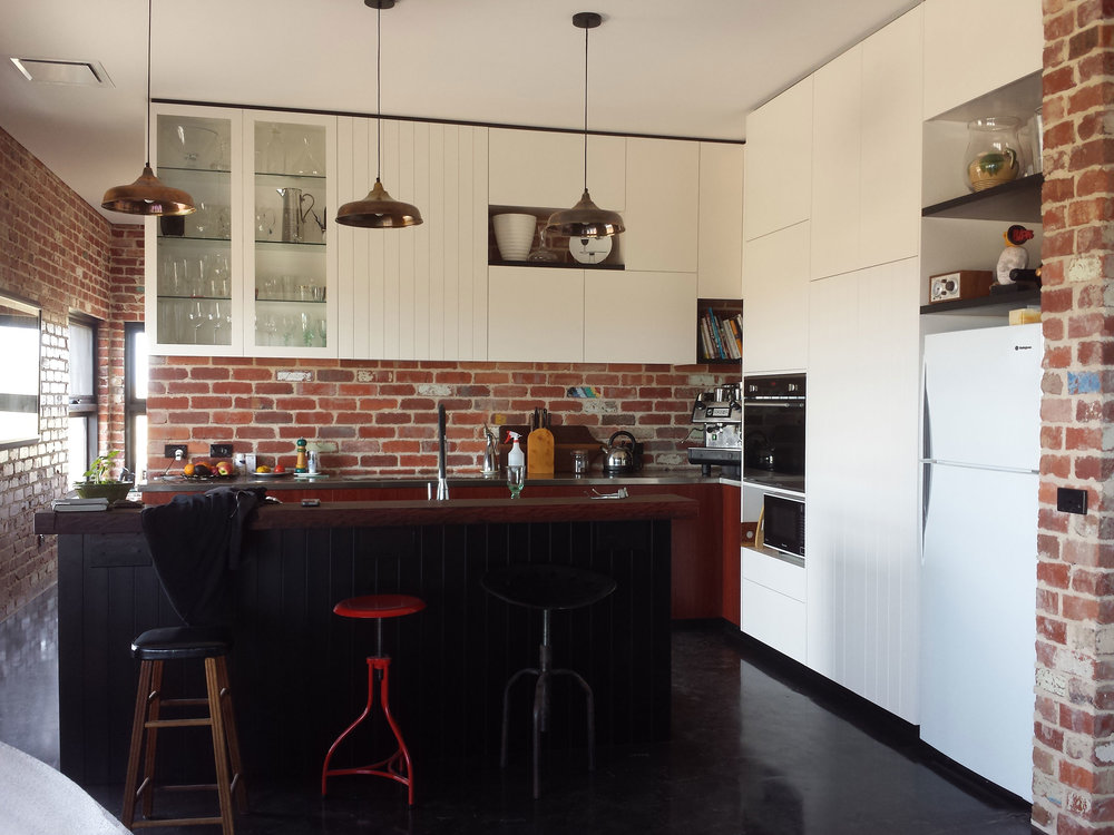 Kitchen & Outdoor - VIEW GALLERY