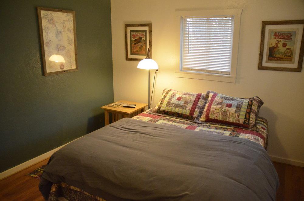 _0181874 Heron bedroom 3.JPG