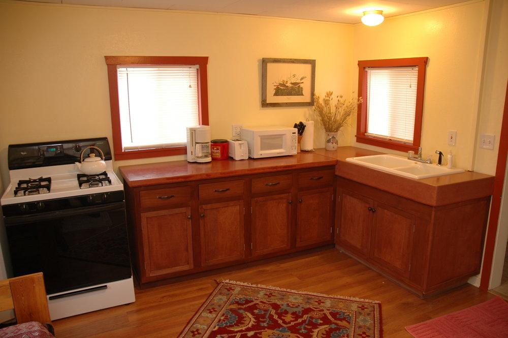 DSC_0762 nighthawk kitchen.JPG