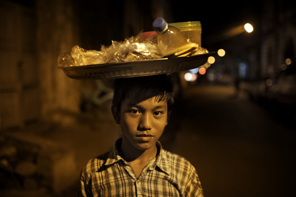 street vendor, Yangon / Burma