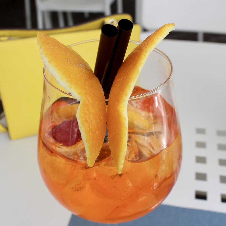 Aperol spritz time is always a good time!