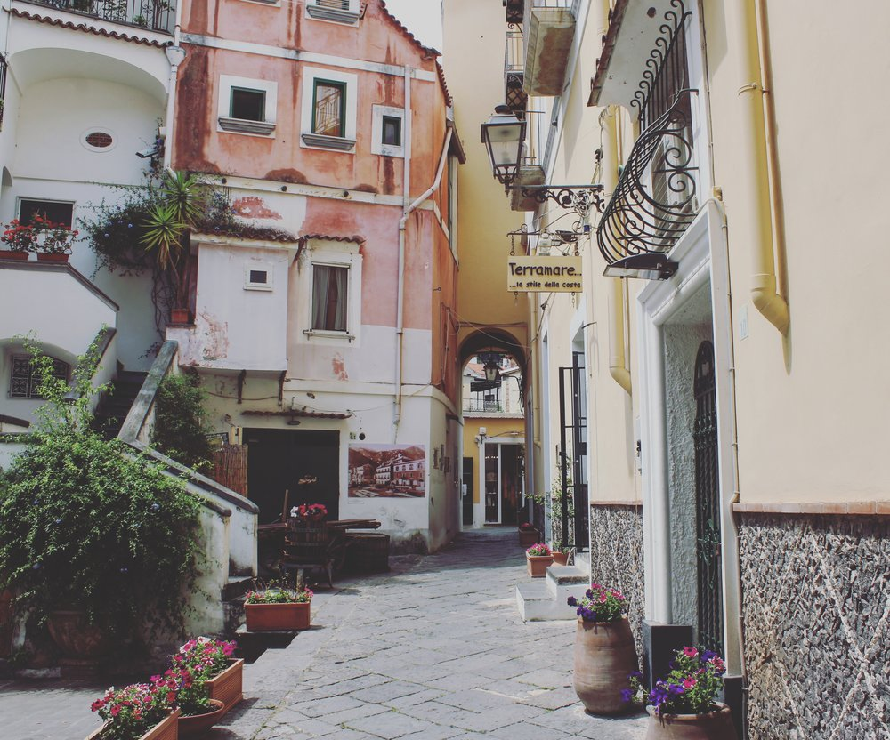 Best places to stay Amalfi Coast. Affordable places Amalfi Coast.