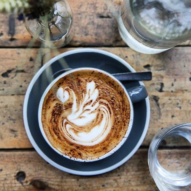 WINTER CRAVINGS? 🌲❄️ Come and enjoy the best Organic coffee in the neighbourhood!☕️ • • • • • • #coffee #winter #cravings #drinks #blaricum #cappuccino #wood #water #organic #livingroom #restaurant #cake #deli