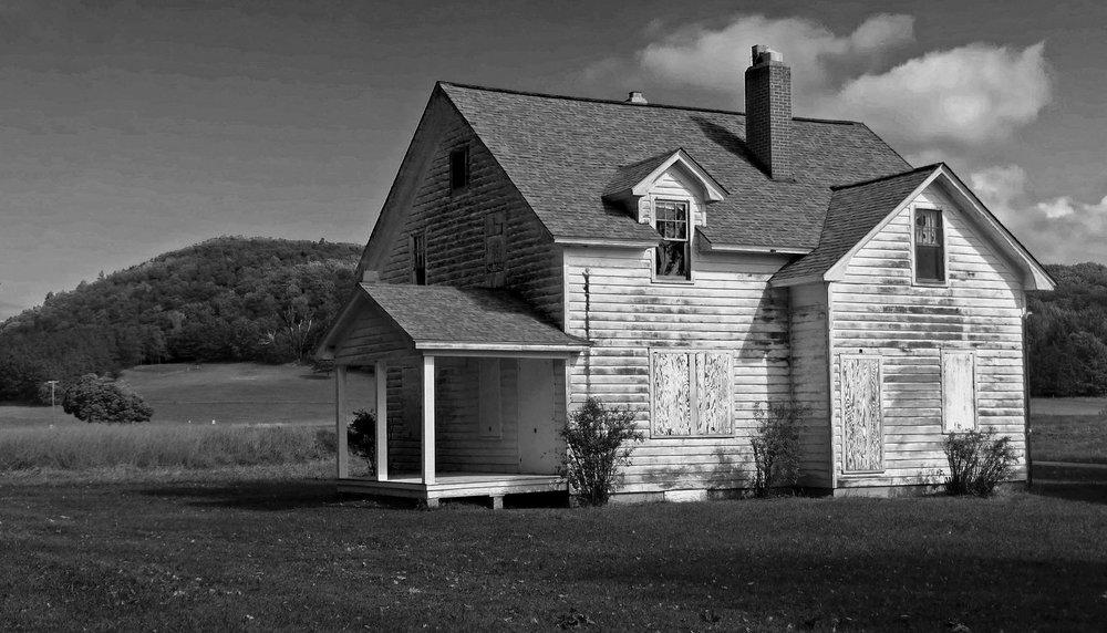 Carol-Lawrence-Peninsula-house.jpg