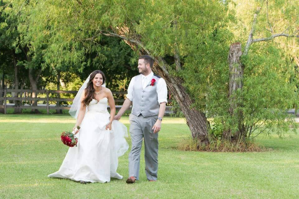 simple outdoor wedding ideas pearland