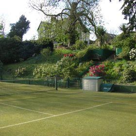 tennis_court_x_280.jpg