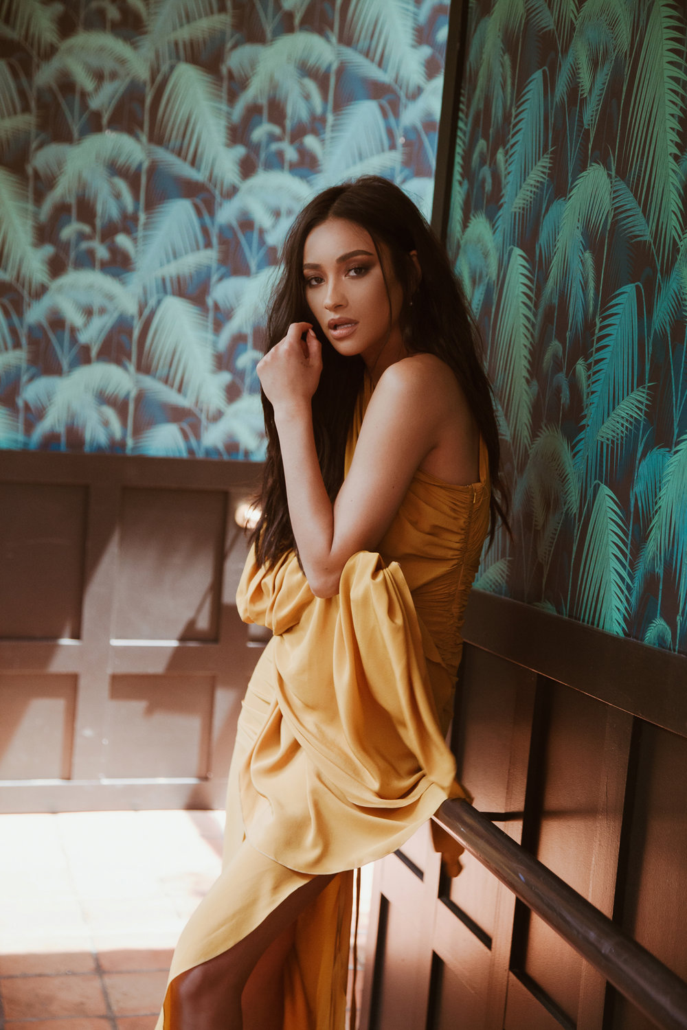 Shay Mitchell/ 1883 Magazine/ Royalty Issue