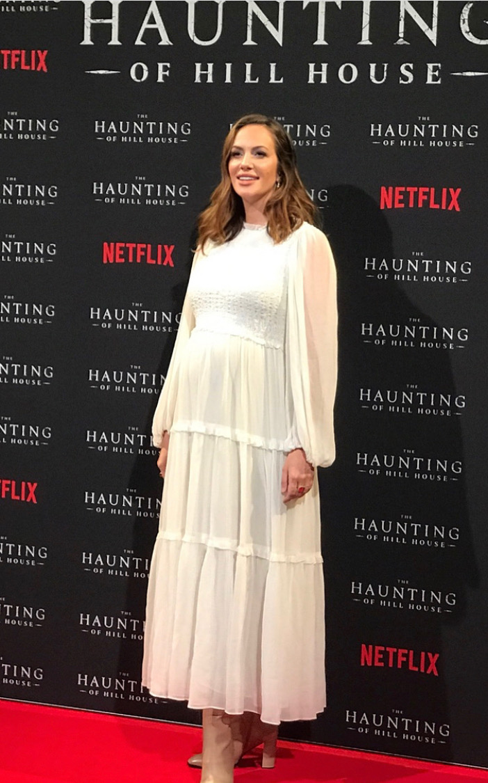 Kate Siegel attends 2018 London Premiere of The Haunting of Hill House/ Styled by Natalie Hoselton
