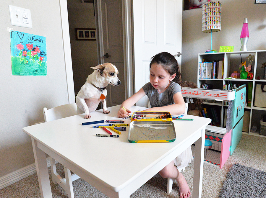 dog-toddler-kid-girl-table-coloring.jpg