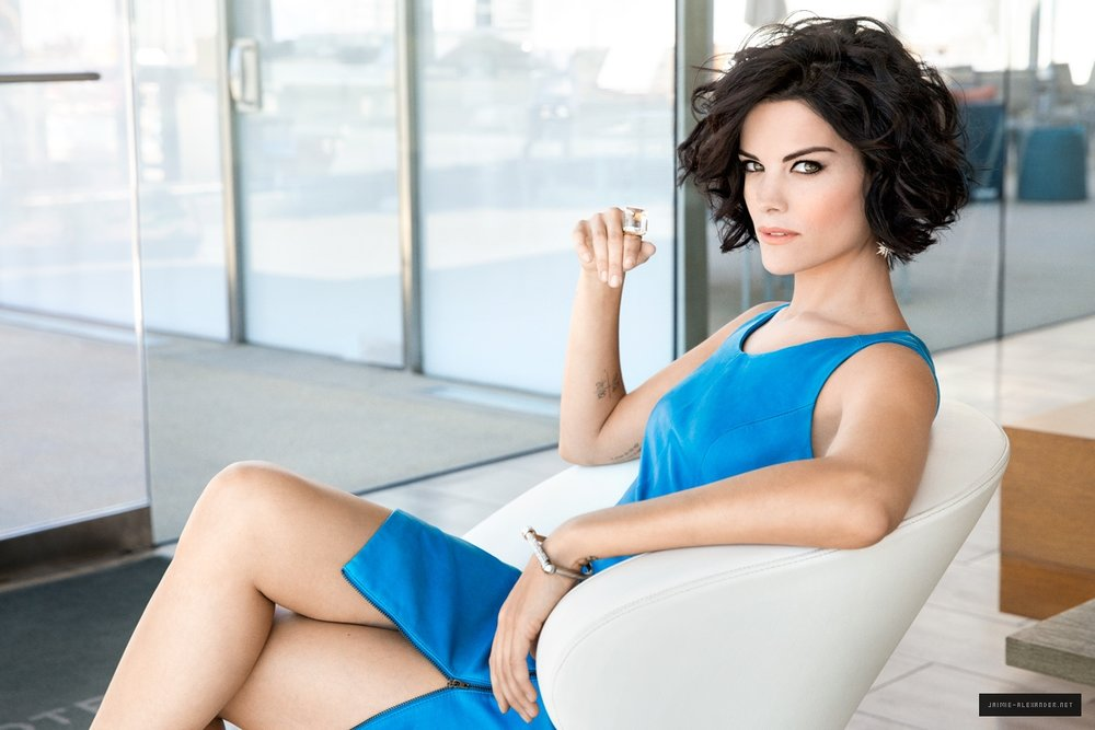 This is how I imagined Lexi, dressed, might look: like Jaimie Alexander