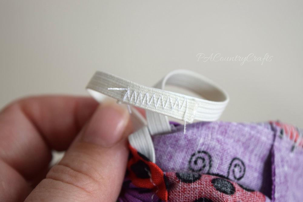 zig zag stitch to overlap elastic
