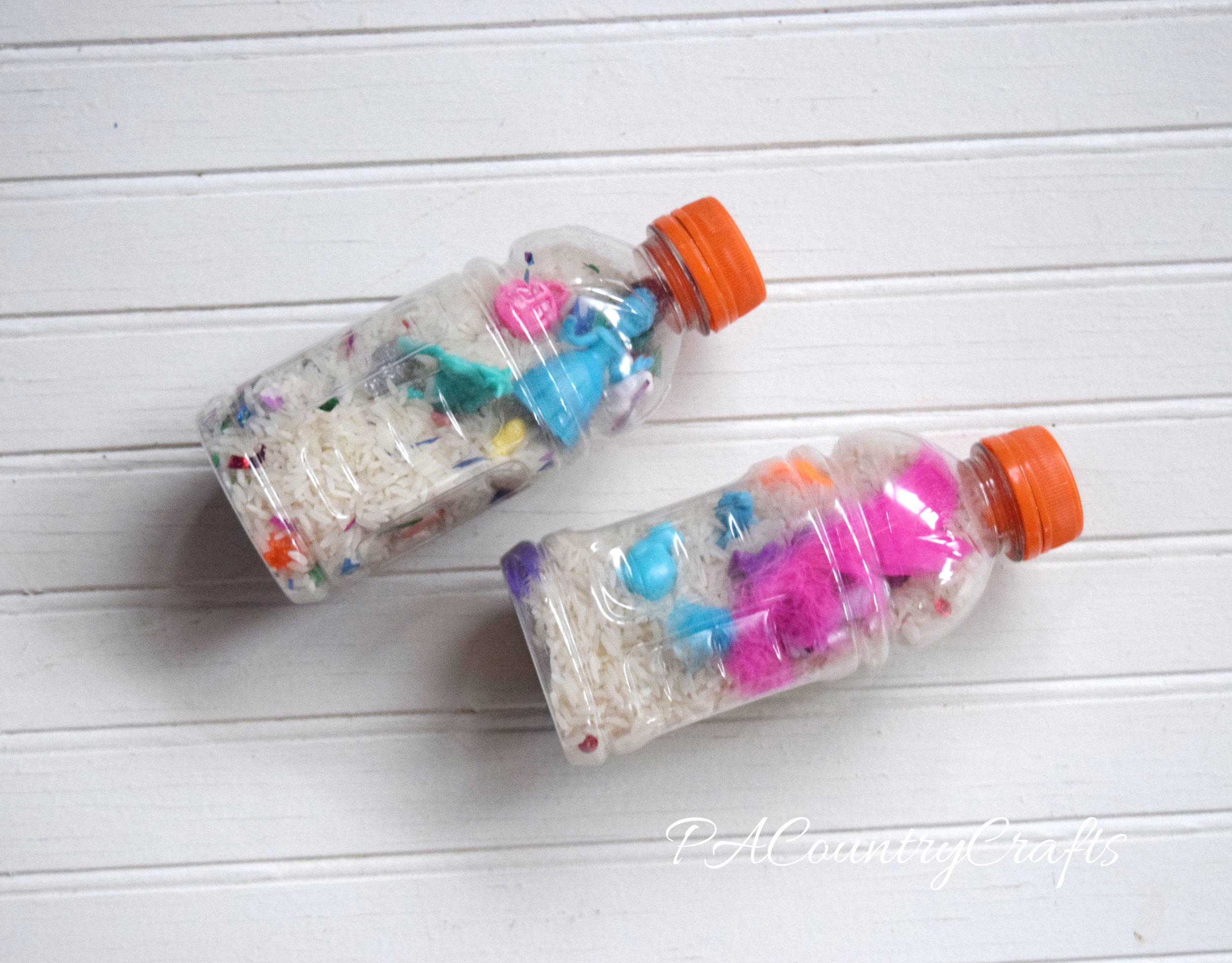 I Spy Bottles for MOPS Creative Activities- fun to do with the kids