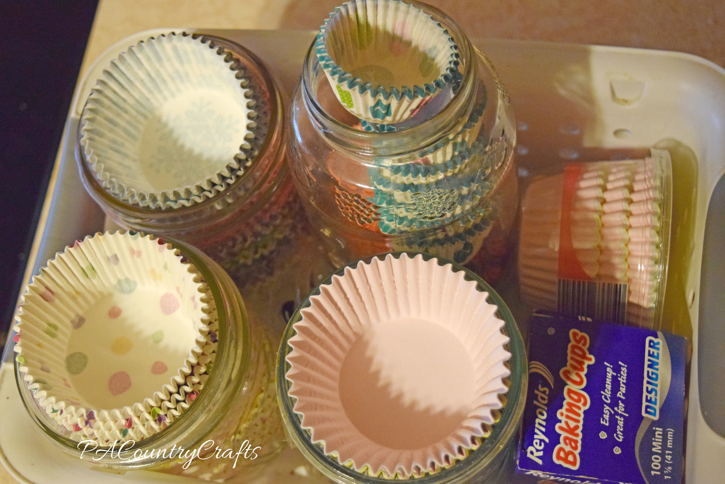 cupcake liner ogranization