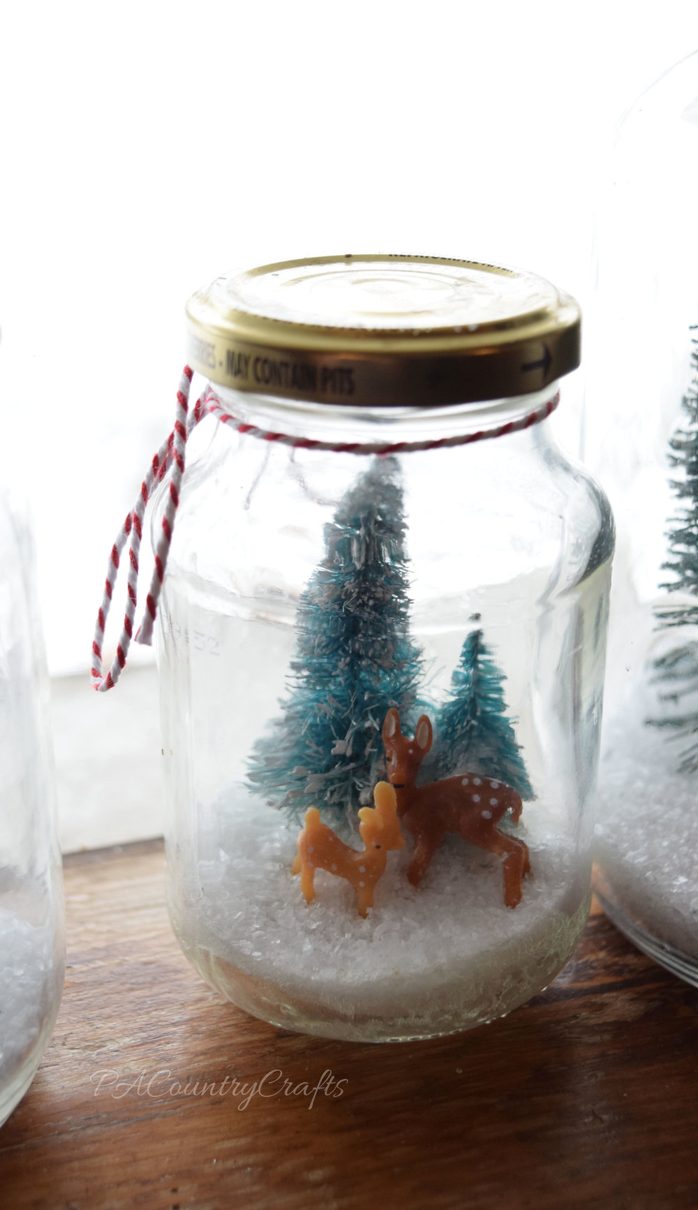 Simple DIY waterless snow globe.