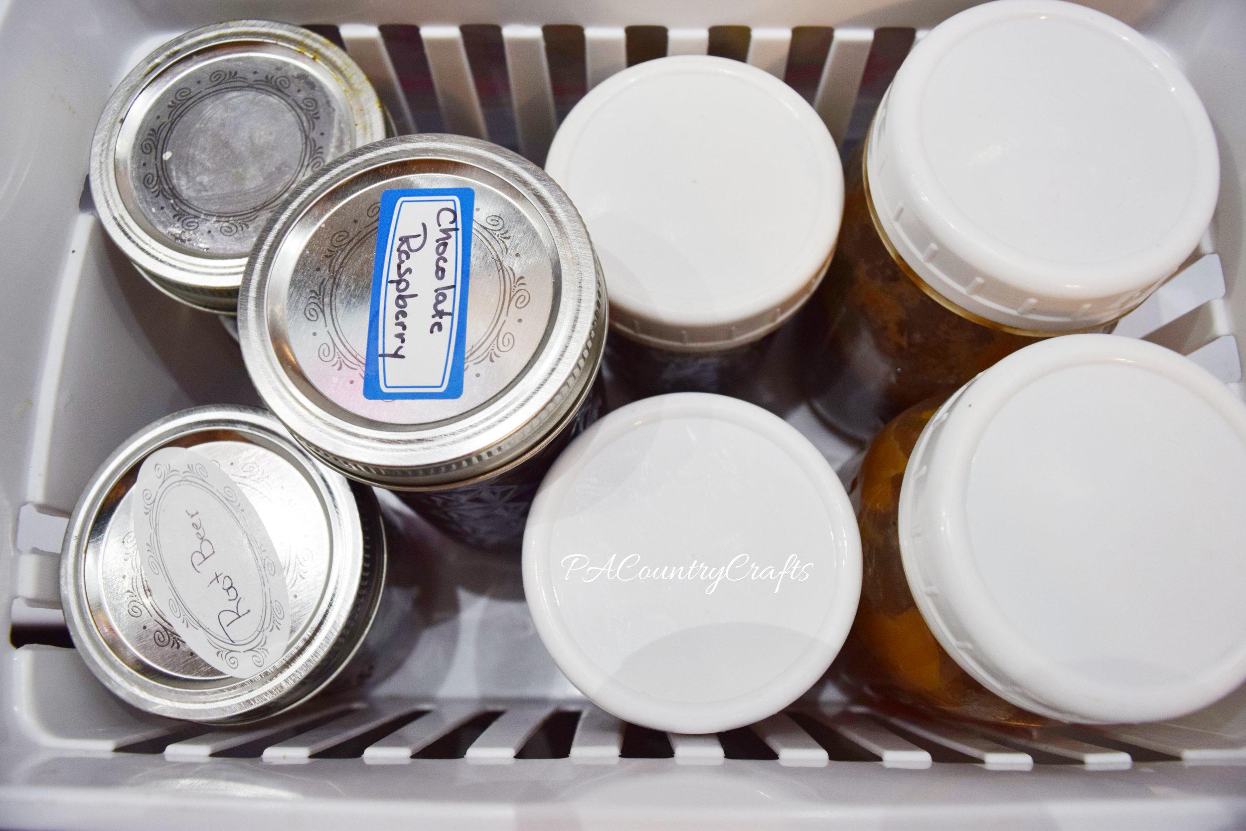 how to organize jelly jars
