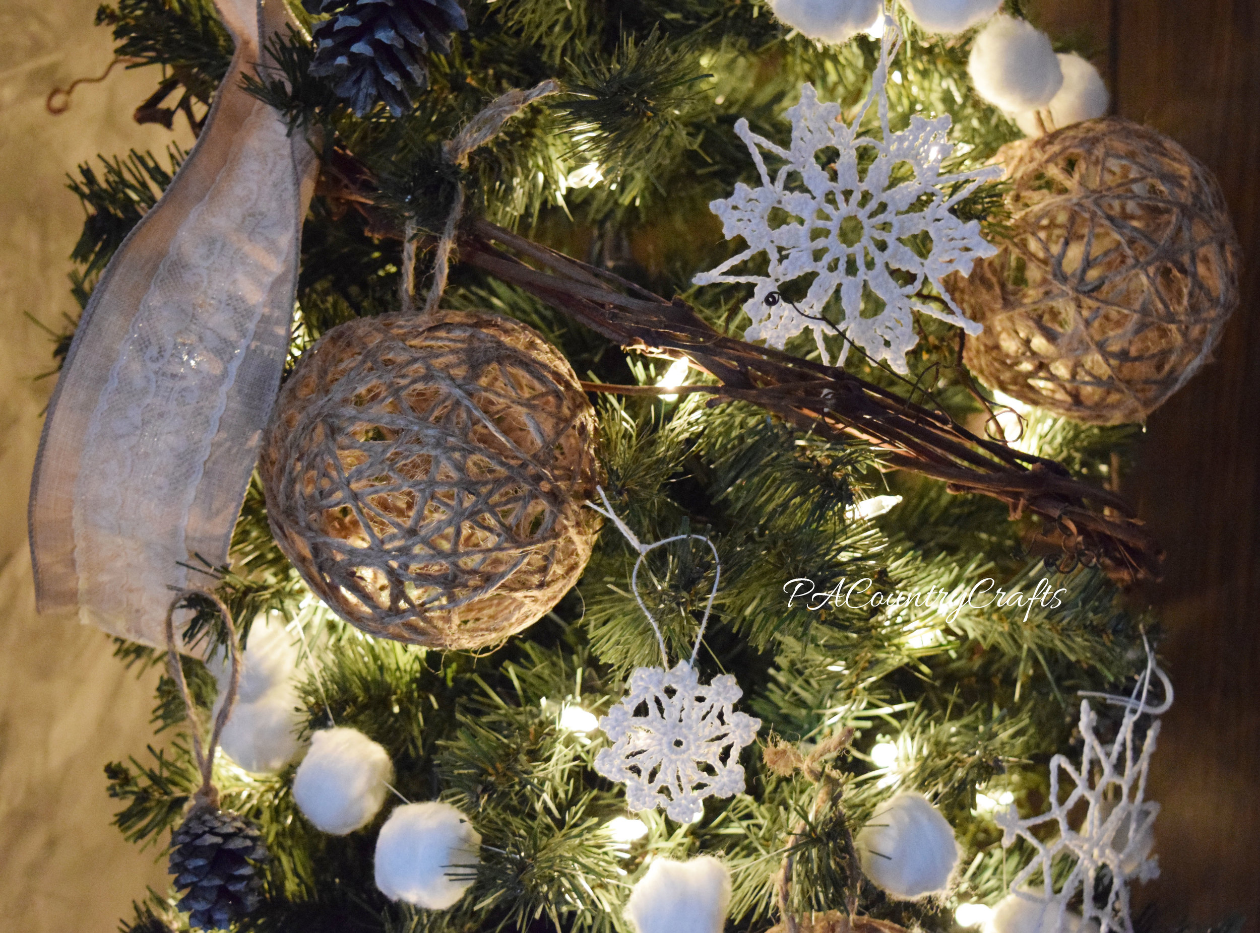 woodland rustic Christmas tree decor