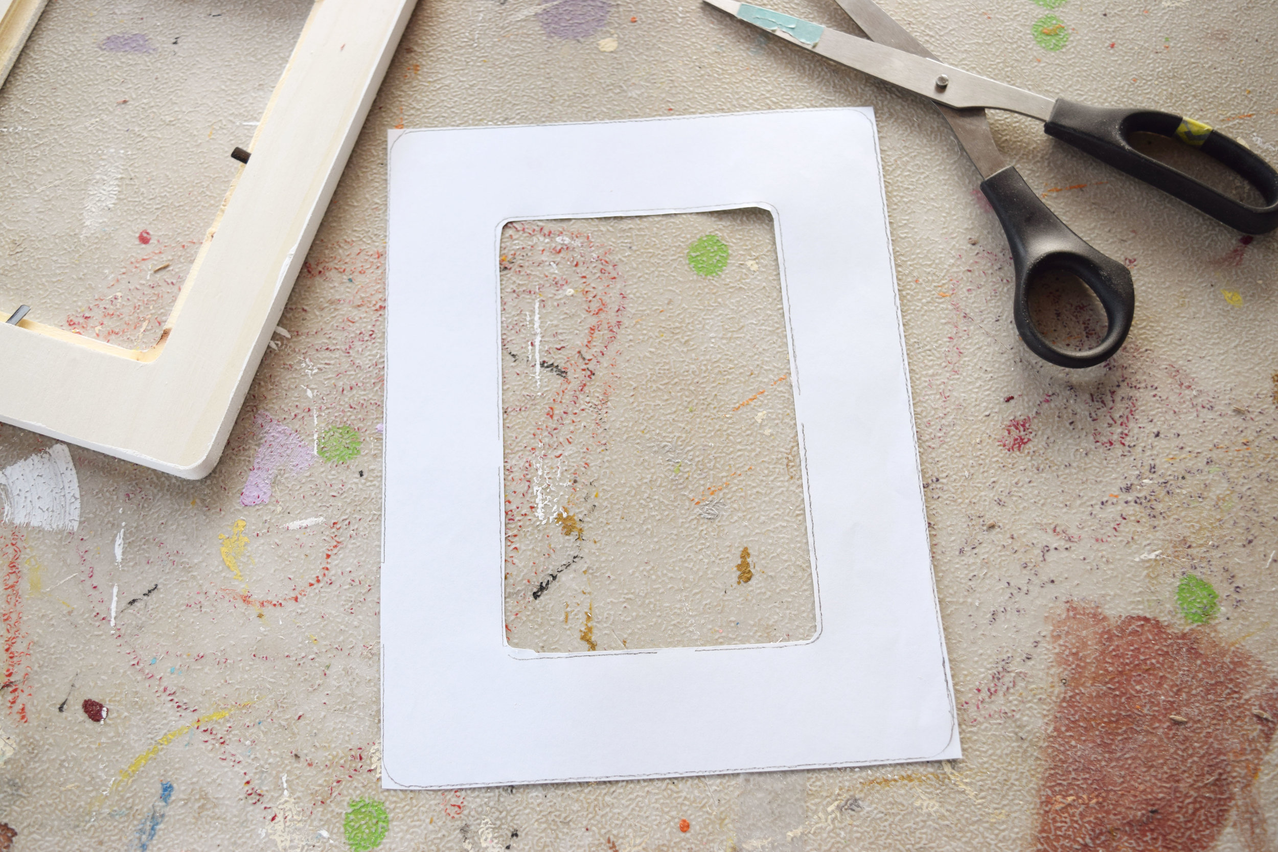 Cute paper to cover wood frames