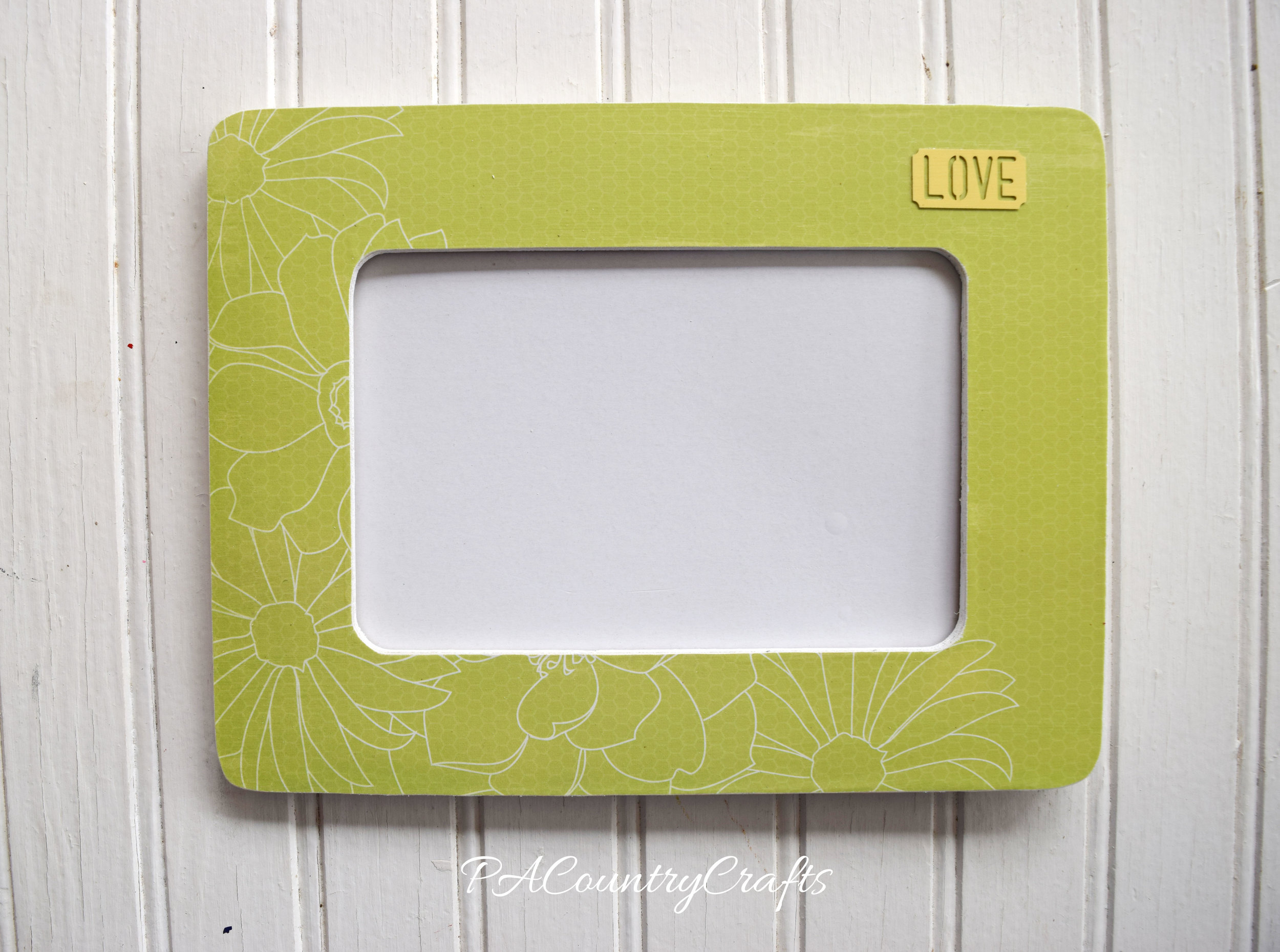 Easy picture frame craft project!