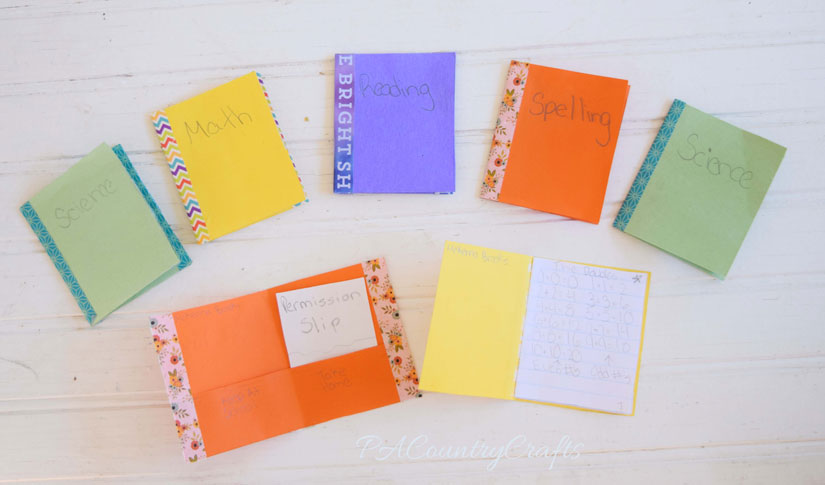 Use washi tape and paper to make doll folders and notebooks!