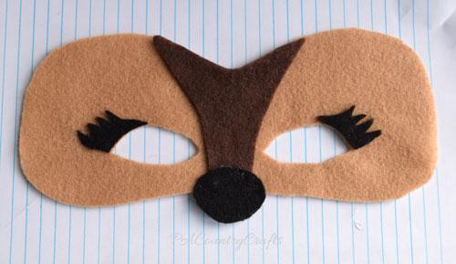 felt-deer-mask.jpg