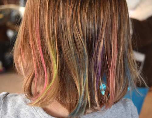 hair chalk to make a unicorn mane