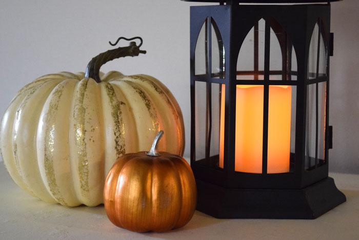 lantern-fall-decor.jpg
