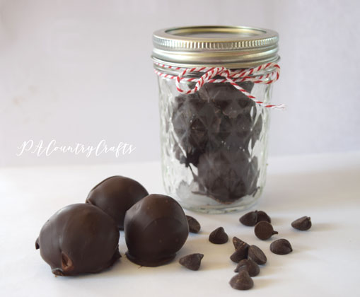 These chocolate truffles are really easy- only 2 ingredients!