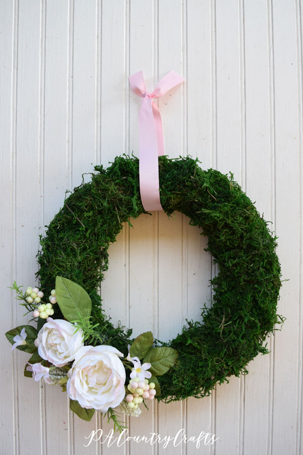 Diy spring moss wreath tutorial pacountrycrafts i had some foam wreath forms a friend had given to me a long time ago and i just hadnt found a use for them recently i was browsing pinterest and saw solutioingenieria Images