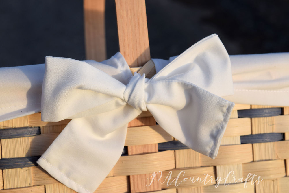 Market basket liner with adorable bow ties- DIY tutorial