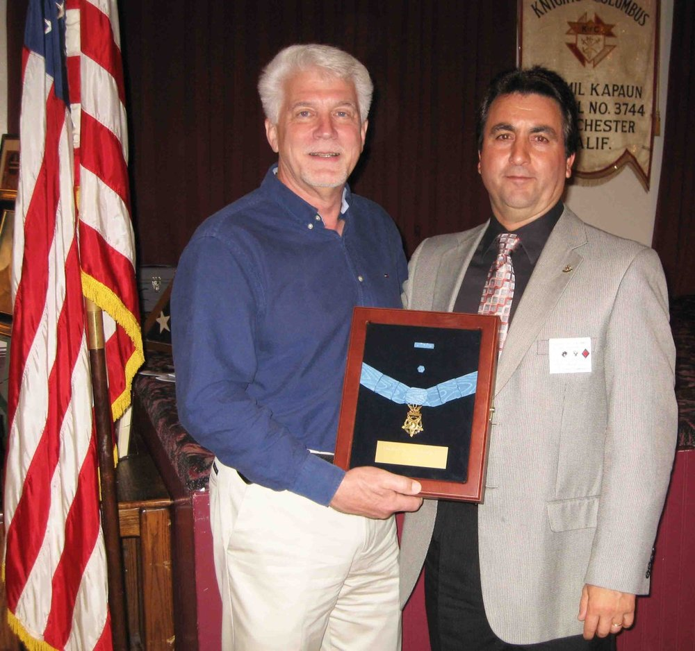 event-moh r kapaun with dgk paul condran.jpg