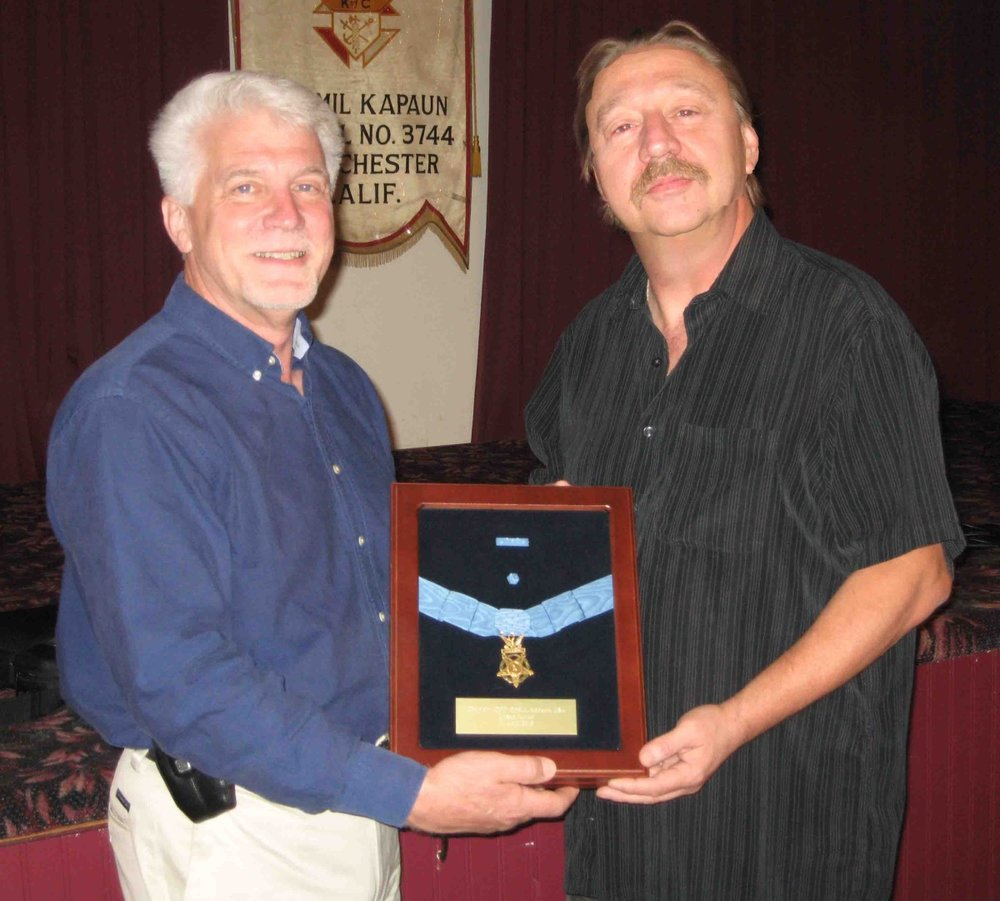 event-moh r kapaun with gk bob wright.jpg