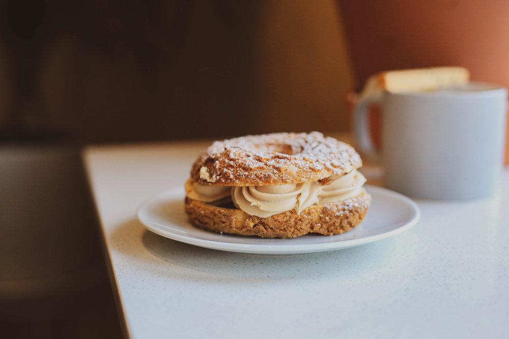 paris-brest doughnut (choux pastry with praline  mousseline )