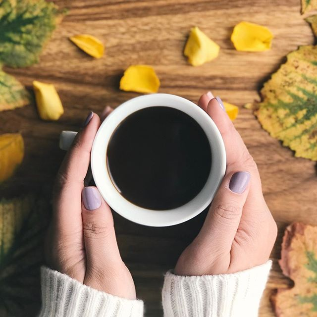 A cup of coffee and a beautiful (non-toxic!) nail polish is all we need to make a good Monday morning. 😍 . We are fans of non-toxic, vegan and cruelty-free. . . . . . #yvrnailsalon #vancouvernailsalon #vancouvernails #vancouvernailart #vancouvernail #yvrnails #yvrnailart #vancouverbc #vancouverblogger #vancouverbusiness #vancouverbeauty #nailsofinstagram #nailart #naildesigns #nailshop #kitsilanosalon #kitsilanolife #kitsilanovancouver #vancouverstyle #vancouverart #vancouversalon #yvrbloggers #yvrblogger #yvrstyle #yvrbusiness #prettyinpink #prettynails #prettyladies #nontoxicbeauty #vegancosmetics