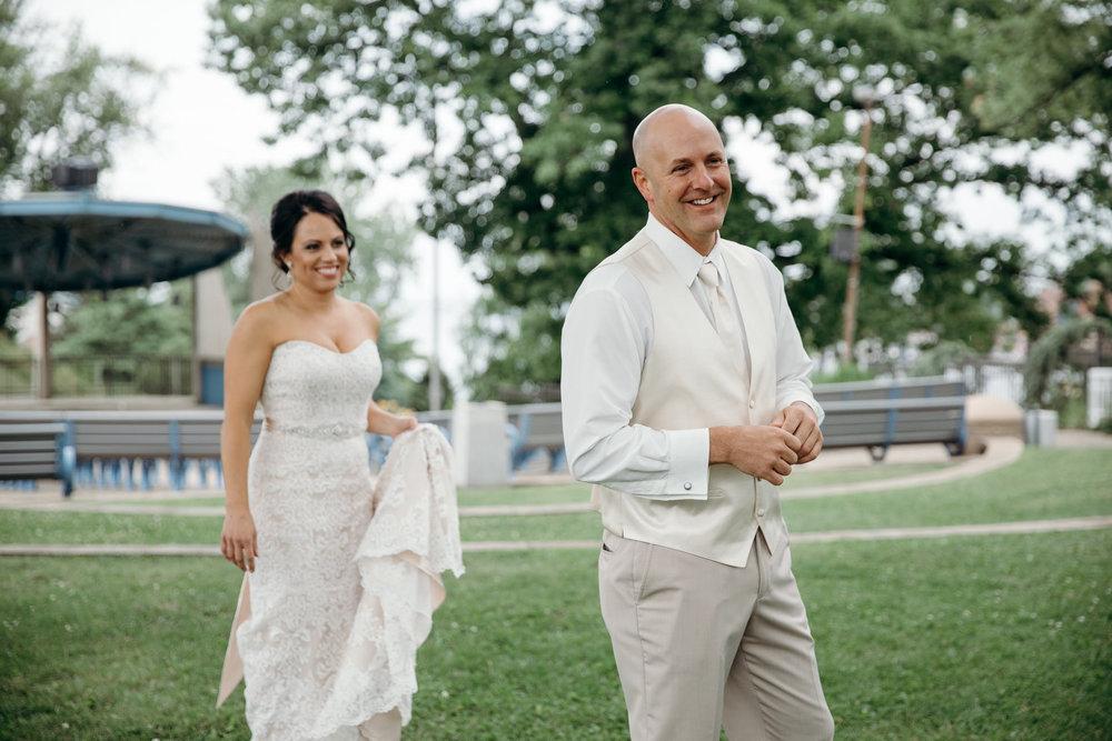 Grant Beachy Tammy Chris wedding photography goshen Saint Joseph veranda whitcomb-021.jpg