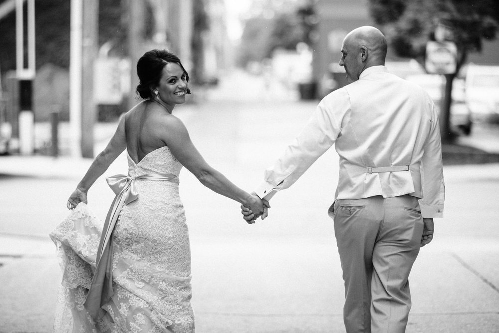 Grant Beachy Tammy Chris wedding photography goshen Saint Joseph veranda whitcomb-025.jpg