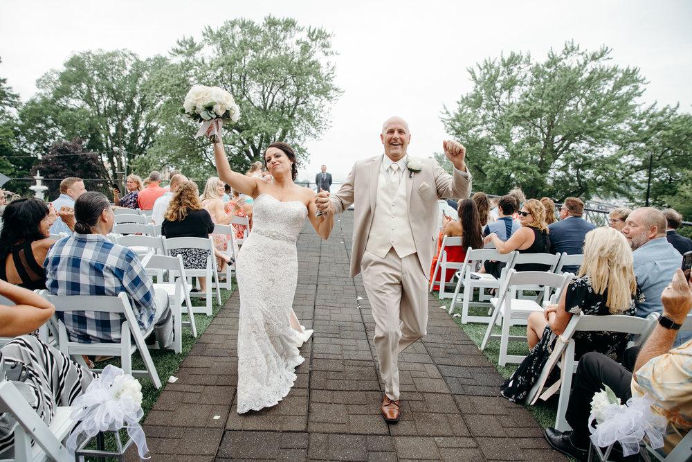 Grant Beachy Tammy Chris wedding photography goshen Saint Joseph veranda whitcomb-044.jpg