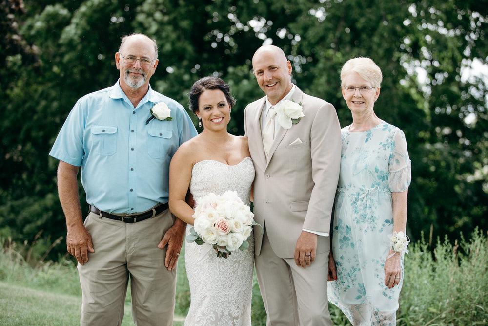 Grant Beachy Tammy Chris wedding photography goshen Saint Joseph veranda whitcomb-050.jpg