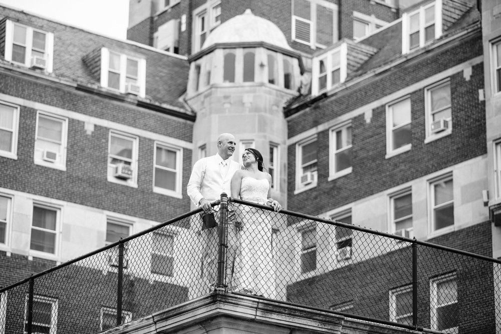 Grant Beachy Tammy Chris wedding photography goshen Saint Joseph veranda whitcomb-077.jpg